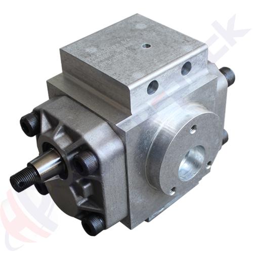 Massey Ferguson hydraulic pump, 3790722M1